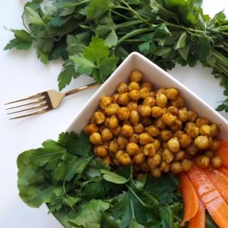 Salade d'hiver végétale aux pois chiches