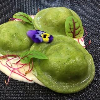 Ravioles vertes à l'Italienne, sauce d'asperge