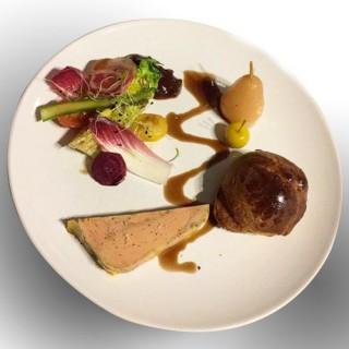 Foie gras au naturel et ses condiments