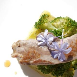 Canard laqué Pommes de Terre et légumes de saison