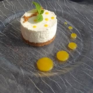 Cheesecake à l'italienne, coulis de fruits du moment