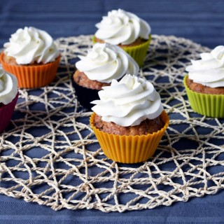 Cupcakes & chantilly mascarpone