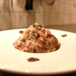 Risotto de canard confit, champignons et beurre de truffe