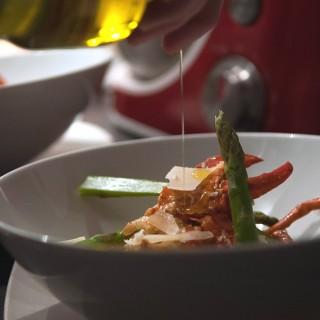 Risotto de homard au poireau fondant et asperges fines