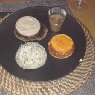 Tournedos Rossini sauce aux extrais de truffe noir