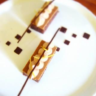Fondant chocolat noir - crémeux thé citron - ganache montée chocolat au lait