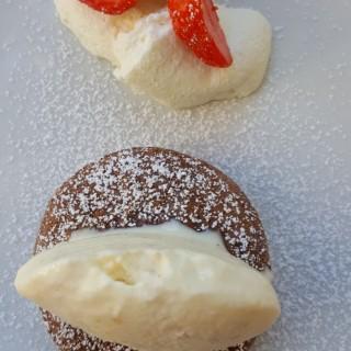 Moelleux Chocolat Glace Crémeuse Maïs Grillé