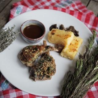 Côtelette d'agneau en croûte d'herbe, polenta à la truffe