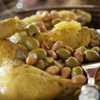 Tajine poulet aux citrons confits et aux olives