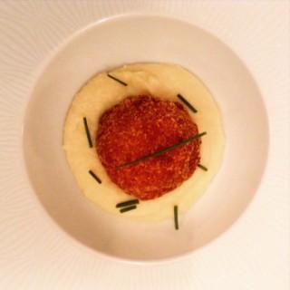 Cromesqui de poulet au foie gras, crème de panais