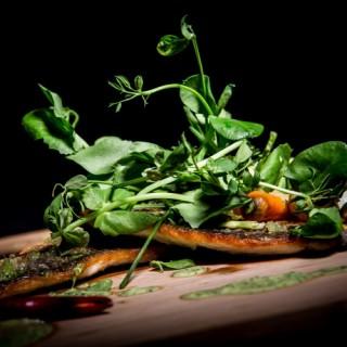Le poisson en farandole de verdure