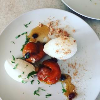 Abricots rôtis aux Amaretti et miel façon tiramisu