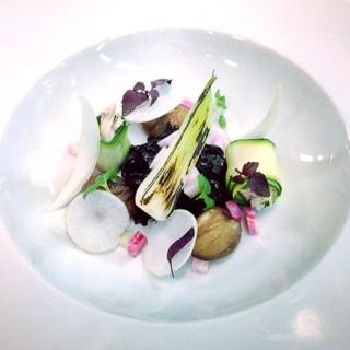 Bouillon de poule sur légumes croquants
