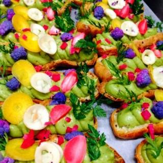 Éclairs guacamole et petits légumes