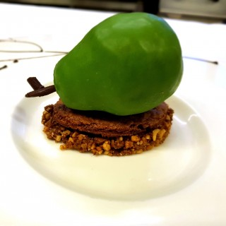 Dessert poire croustillante