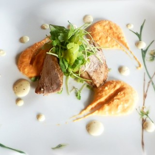 Médaillon de filet mignon de porc, sauce moutarde d'Orléans, purée de patates douces
