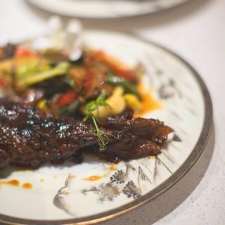 Viande braisée aux légumes