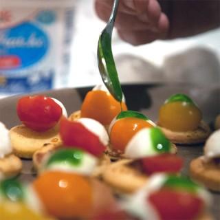 Sablé parmesan, tomate mozza et pesto