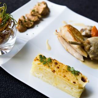 Volaille en 3 façons, gratin de pommes de terre, croustillant de légumes